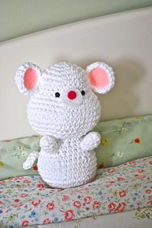 Baby Mouse - free crochet pattern by Amy's Gurumis