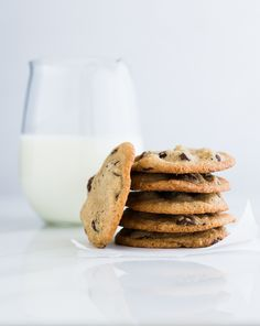 Gluten-Free Chocolate Chip Cookies {made with coconut oil} : recipe~ http://cookieandkate.com/2013/gluten-free-chocolate-chip-cookies/