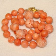 Fabulous-Fine-Vintage-CARVED-CORAL-Estate-NECKLACE