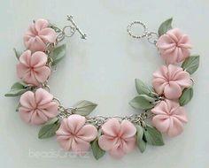 Pulsera de flores
