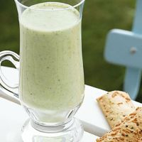 Chilled Summer Soup with Peas and Courgettes