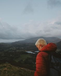 Learn about the epic sunrises and cloud inversion with outdoor photographer Amelia Le Brun and get ready to travel to the awesome Loughrigg Fell.