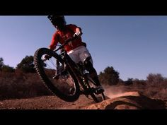 MTB: Downhill-Action mit Curtis Keene