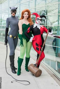 comic con 2014 cosplay |  Classic DC Villianess