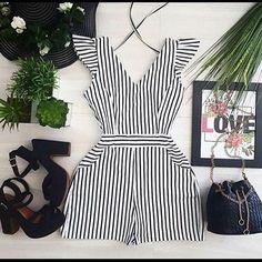 Macaquinhos Casual Wear, Casual Dresses, Casual Outfits, Summer Outfits, Fashion Dresses, Girl Fashion, Womens Fashion, Fashion Design, Chor