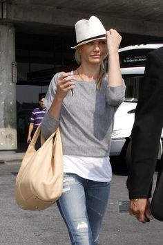 Cameron Diaz - Fedora Hat and super casual....easy to put together.