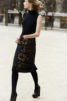 Christian Dior Pre-Fall 2012 - Review - Fashion Week - Runway, Fashion Shows and Collections - Vogue