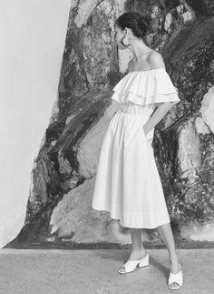 Uterqüe España Product Page - Shop by Edit - On Stillness - Vestido volantes blanco - 89