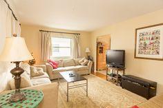 A 3 legszebb harmonikus falszín - Marsala Home Staging Living Room Paint, Living Room Bedroom, Living Rooms, Interior Paint Colors, Interior Design, Interior Painting, Gray Interior, Design Light, Lamp Design