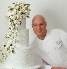 August 2010 The master of wedding cakes, Ron Ben-Israel will return to Custom Cakes March 2011 for 3 days of sugar orchids! Elegant Wedding Cakes, Beautiful Wedding Cakes, Wedding Cake Designs, Beautiful Cakes, Amazing Cakes, Wedding Ideas, Elegant Cakes, Wedding Inspiration, Bolo Floral