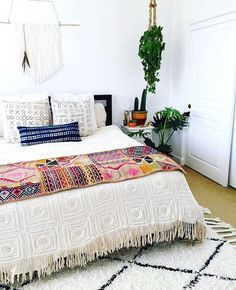 love the colorful throw