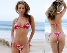 Google Image Result for http://4.bp.blogspot.com/-L5U3oUaJpjU/To6swT6_wXI/AAAAAAAAEW0/s9sRh9rbD0E/s1600/bikini%2Bgirls%2Bbest%2Bwallpapers.jpg