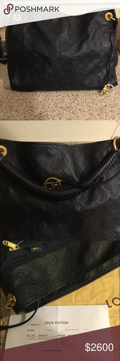 Louis Vuitton Artsy Empreinte Artsy MM Noir (dark navy blue) This purse haven't been used often. There is no stains, no smells, no rips scratches etc. This mag have light wear from sitting it down nothing noticeable. The inside is clean as a new bag. The receipt is shown. I have great feedback 100% Authentic. Louis Vuitton Bags Shoulder Bags