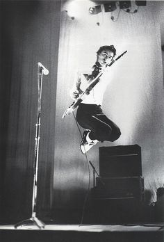 Paul Weller - The Jam In the city 1977 - blooming love you still Paul!