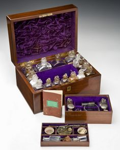 19th century Apothecary Box is the inspiration for my quilt's color scheme. I want a rich dark purple.