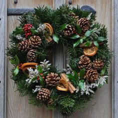 Bakardo Christmas Wreath Wreaths Pinterest Wreaths Christmas Ornament And Craft