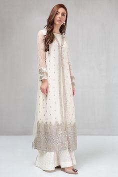 Women S Fashion High Top Sneakers Pakistani White Dress, Pakistani Formal Dresses, Pakistani Fashion Party Wear, Pakistani Dress Design, Pakistani Outfits, Dress Indian Style, Indian Fashion Dresses, Indian Designer Outfits, Designer Dresses