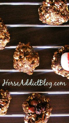 Doesn't your horse deserve something special? Homemade horse treats for your horse! Get the Ultimate Horse Cookie recipe at: http://www.tanyadavenport.com/horse-addict-blog/horse-treat-recipes