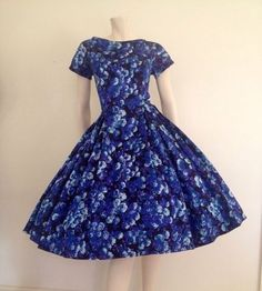 50s full-skirted blue floral party dress