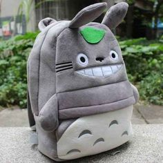 My Neighbor Totoro Plush Backpack Schoolbag Hayao Miyazaki, Totoro Backpack, Weird Gifts, Crazy Gifts, Mode Kawaii, My Neighbor Totoro, Kawaii Clothes, Cute Bags, Kids Backpacks