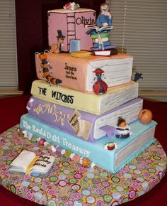 The Works of Roald Dahl: I want this cake with the twits, Matilda, the bfg, and James and the giant peach