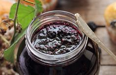 Dulceata de mure - retete culinare. Reteta de dulceata de mure salbatice. Dulceata de fructe de padure - mod de preparare si ingrediente.