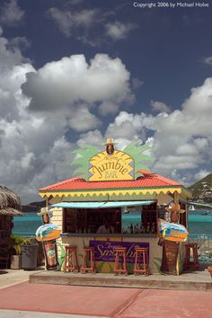 rum jumbie in Phillipsburg, St. Friendly Islands, Martin St, Porto Rico, Southern Caribbean, Surf, Adventure Of The Seas, Cruise Destinations, Caribbean Vacations, Beach Bars