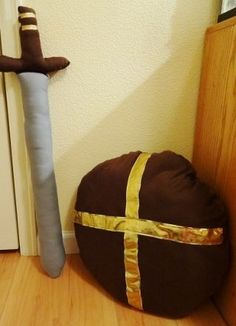Sword & Shield Pillow #sewing #toy #kids