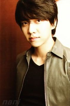 Lee Seung Gi - Japanese Magazine JUNON May 2011