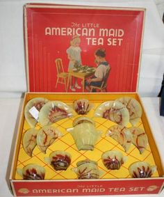 """vintage akro agate toy tea set in box (this swirly colour would be considered """"End of Day"""")  Very Desirable."""