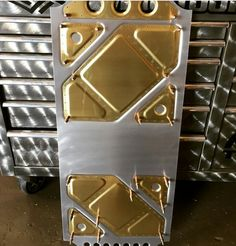This style of metal work would look great as dash panel and inner door panels on a vehicle.
