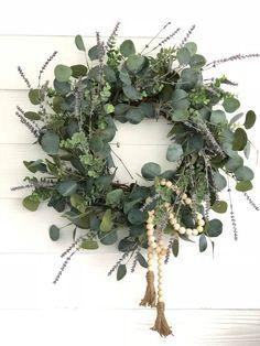 Lavender and Eucalyptus Wreath, Front Door Decor, Spring Wreath, Spring Porch Decor, Wreaths For Spring – Fall Wreath İdeas. Front Door Decor, Wreaths For Front Door, Front Doors, Couronne Diy, Diy Christmas Garland, Prim Christmas, Lavender Wreath, Modern Wreath, Eucalyptus Wreath