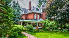 Grandville Manor - B&b, Bed And Breakfast, Accommodation Stratford Festival, B & B, Victorian Homes, Bed And Breakfast, Amp, Cabin, Group, House Styles, Home Decor