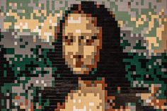 Lego Mona Lisa Created by Nathan Sawaya - The Art of the Brick Lego Wall Art, Mona Friends, Van Lego, Lego Sculptures, Brick In The Wall, Classic Artwork, The Daily Beast, Science Museum, Lego Creations