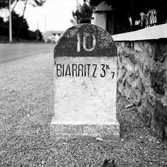 Biarritz... dans 3 kilomètres ! #biarritz #shoreline Hotel Du Palais, Biarritz, Basque Country, Aquitaine, France Travel, Summer Travel, Travel Around The World, Places To Travel, Surfing