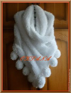 """tippets """"snow white"""" crochet fur snow white scarf wedding stole """"snow white"""" for wedding and evening dresses. chic white stole associated with soft fluffy fur y Poncho Shawl, Crochet Poncho, Crochet Scarves, Irish Crochet, Crochet Clothes, Crochet Stitches, Crochet Baby, Knit Crochet, Knitting Patterns"""