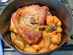 Roast pork roast in mustard dress, for start of pr … – Meat Foods World Recipes, Meat Recipes, Cooking Recipes, Healthy Recipes, Cast Iron Skillet Cooking, Fermented Foods, Pork Roast, Food To Make, Food And Drink
