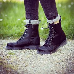#shoes #boots #fashion #style #love #TagsForLikes #me #cute #photooftheday #instagood #instafashion #pretty #girl #shopping #zeitzeichen #wuerzburg #mode #follow http://www.zeitzeichen.com/