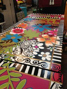This fabulous custom painted table is almost complete! Look at that detail! This fabulous custom painted table is almost complete! Look at that detail! Whimsical Painted Furniture, Painted Rug, Painted Chairs, Hand Painted Furniture, Painted Floors, Funky Furniture, Colorful Furniture, Paint Furniture, Repurposed Furniture