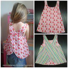 Con hilos, lanas y botones: Blusa de niña reversible cruzada en la espalda (CC Cosotela)