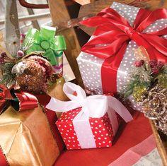 Christmas wrapping ideas @casparionline  #caspari