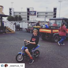 #Repost @_seamus_12 with @repostapp.  #Burromax #electricminibike #nhra #gatewaymotorsportspark #minibike