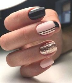 90 Everyday Nail Art Ideas 2019 in our App. Daily ideas of manicure and nail design. Gorgeous nails always! : 90 Everyday Nail Art Ideas 2019 in our App. Daily ideas of manicure and nail design. Gorgeous nails always! Classy Nails, Stylish Nails, Simple Nails, Cute Nails, Pretty Nails, Cute Fall Nails, Winter Nail Designs, Gel Nail Designs, Sparkly Nail Designs