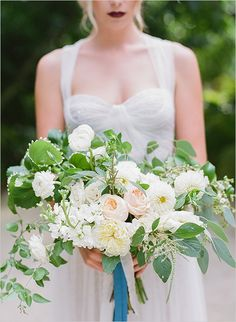 Beautiful pastel wedding bouquet - Photo by Gianny Campos Photography www.giannycampos.com