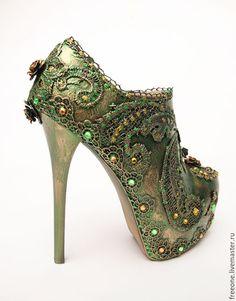 25d4b3348ea3ad Купить или заказать S h o e s 3 в интернет-магазине на Ярмарке Мастеров.  Декор обуви