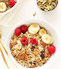 Looking for low-carb breakfast recipes? Click here for the nutritionist-recommended meals you should eat come morning.