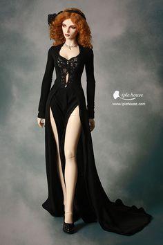 ITEM VIEW : EID - Woman - EID_Woman Black Graceful dress