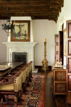 HACIENDA love fireplace in dining room