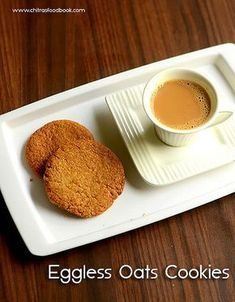 Eggless digestive cookies using whole wheat flour & quick cooking oats - Cookies without butter & eggs Digestive Cookie Recipe, Digestive Cookies, Digestive Biscuits, Homemade Peanut Butter, Homemade Chocolate, Eggless Biscuits, Healthy Breakfast Smoothies, Paleo Breakfast, Vegetarian