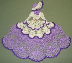 crochet caroline lady doilies New Hand Crochet Crinoline Appliques Au Crochet, Crochet Dollies, Crochet Doily Patterns, Thread Crochet, Filet Crochet, Crochet Designs, Crochet Crafts, Crochet Yarn, Hand Crochet